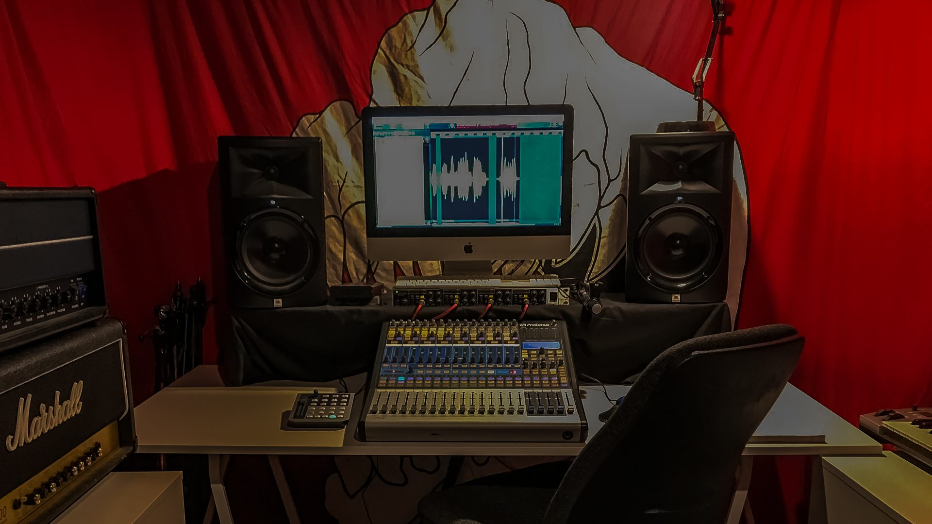 wall of sound recording studio edinburgh studio specialising in heavy music. Black Bedroom Furniture Sets. Home Design Ideas
